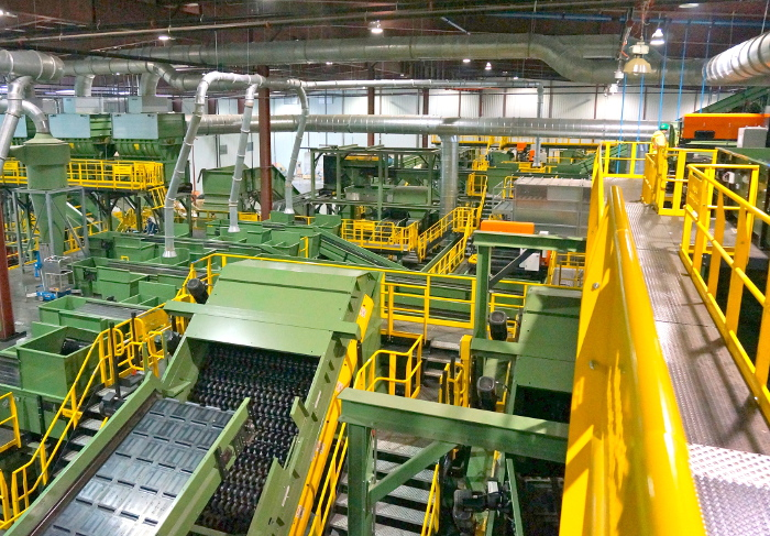 Canada Fibers MRF, largest in North America, uses Bollegraaf equipment from VAN DYK
