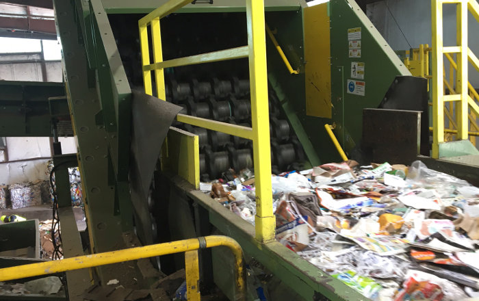 Waste Management upgrades six screens with non-wrapping design